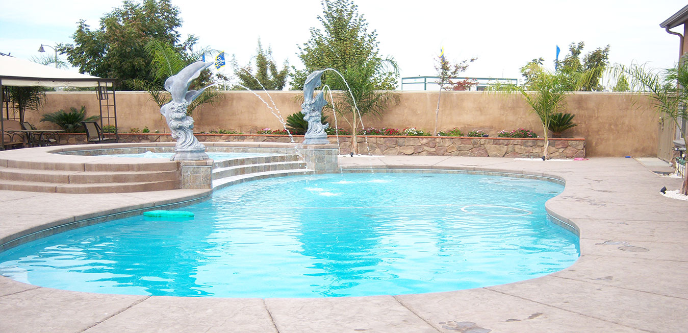 Reyes Pool Service - Pool Service Visalia